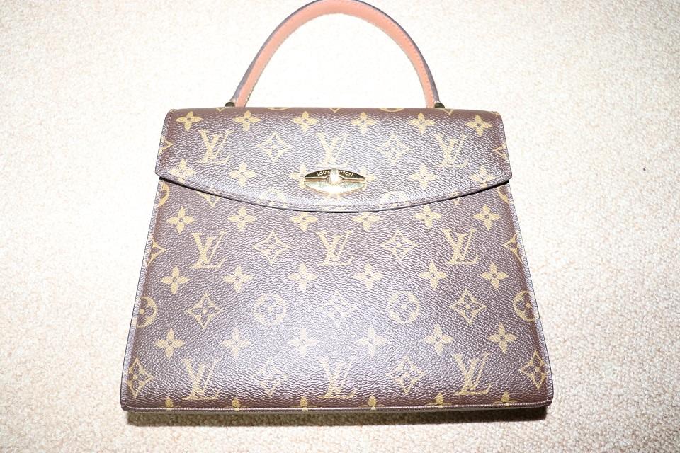 バッグの劣化、合皮使い部分は注意、裏地は布の方がいい