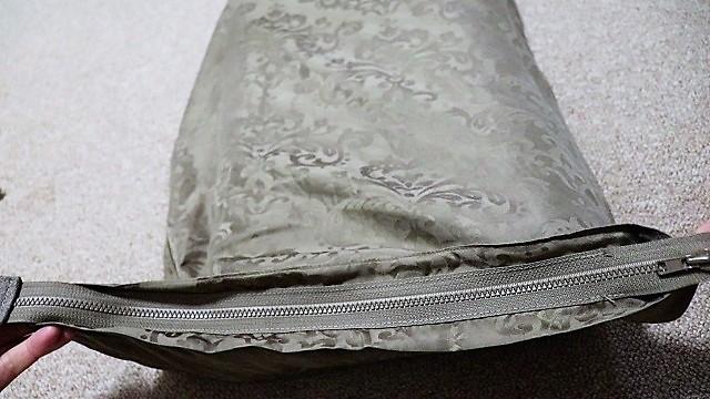 かんたんリフォーム:枕カバーにファスナーを後付け